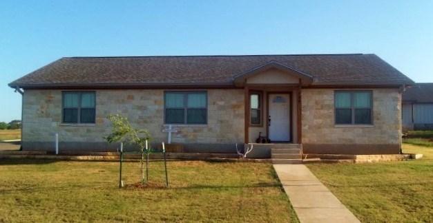 724 Darlington Dr, Fredericksburg, TX 78624