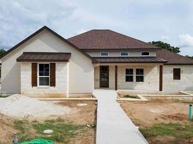 2143 NW Stone Oak, Fredericksburg, TX 78624