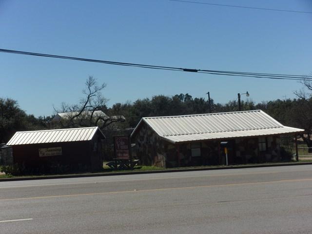 600 E Young, Llano, TX 78643