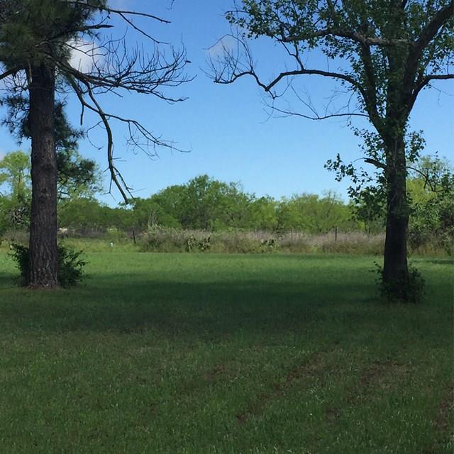 328 Morning Glory Dr, Fredericksburg, TX 78624