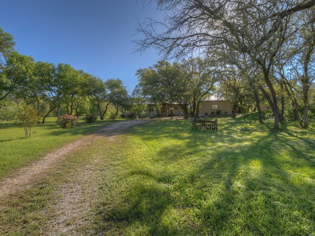 10156 Ranch Rd 1623, Blanco, TX 78606