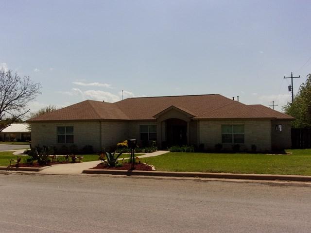 306 E Granite, Llano, TX 78643