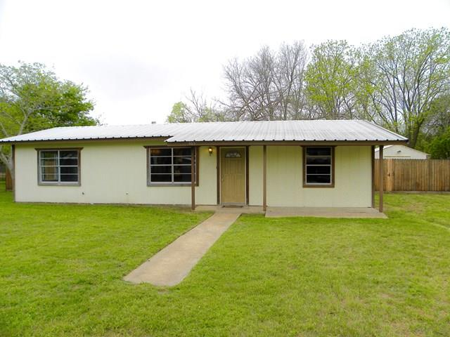 905 Apple St, Fredericksburg, TX 78624