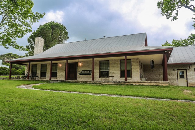 280 Oak Haven Rd, Fredericksburg, TX 78624