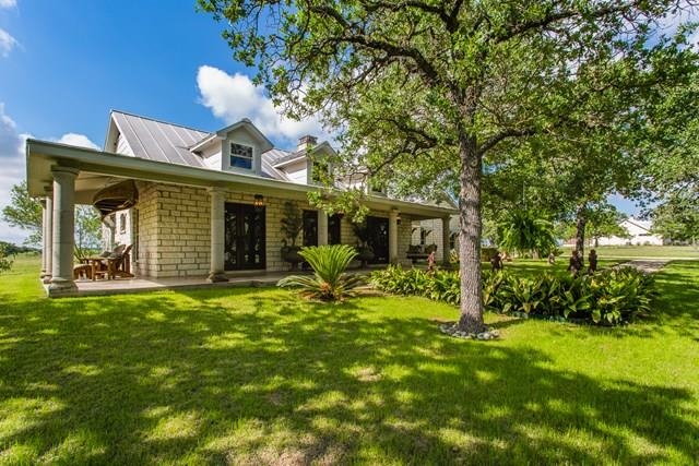 147 Little Bend Ln, Fredericksburg, TX 78624