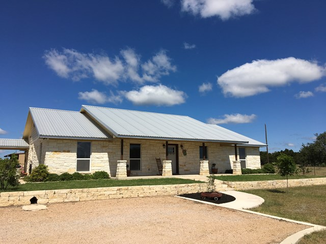 400 Windmill Rd, Burnet, TX 78611