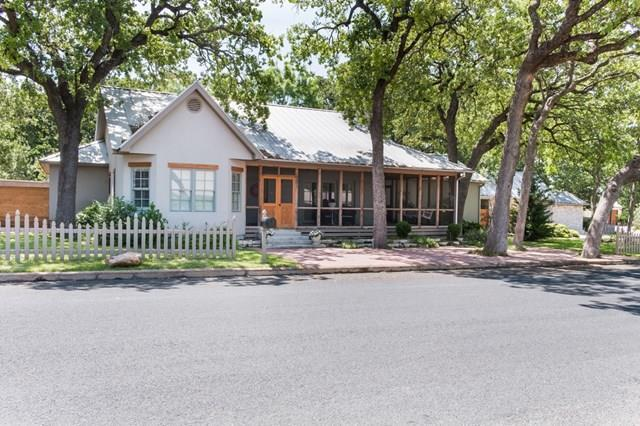 501 N Washington St, Fredericksburg, TX 78624