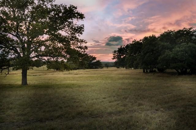745 Cowgirl Ranch Rd, Fredericksburg, TX 78624