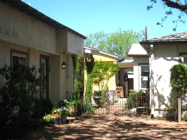 509 W Centre St, Fredericksburg, TX 78624