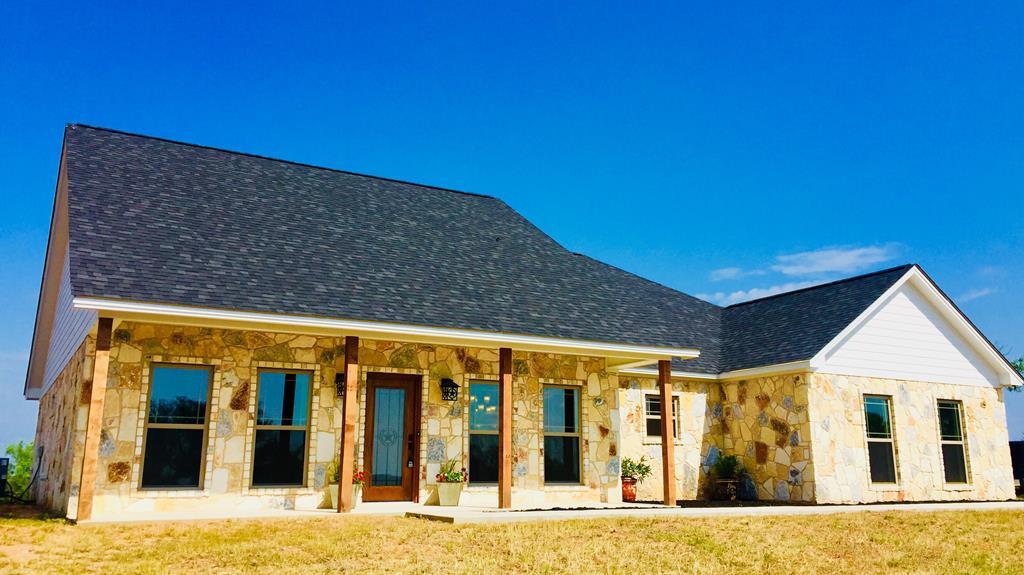 421 County Rd 118, Llano, TX 78643