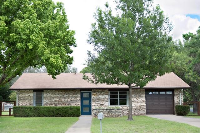 1401 N Crockett St, Fredericksburg, TX 78624