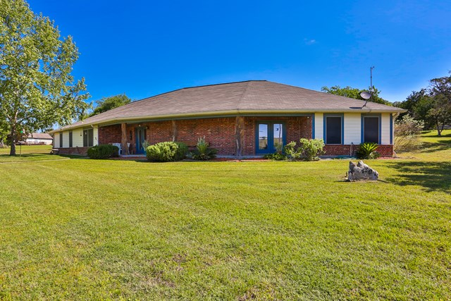 130 Catalina Court, Kerrville, TX 78022
