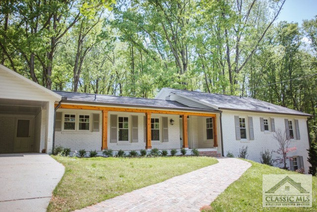 585 Woodlawn Ave., Athens, GA 30606