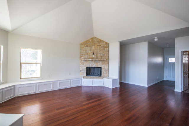 Vaulted Living Area