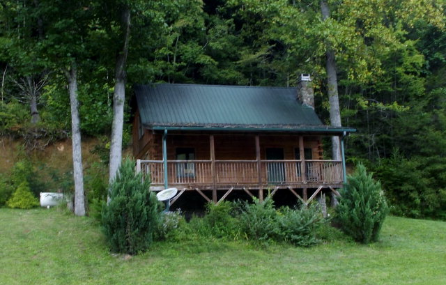 6 Bucks Nest Drive, TOPTON, NC 28781
