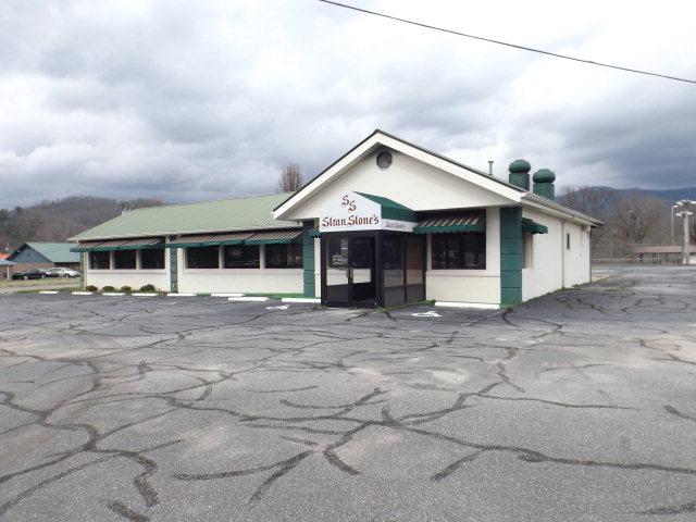 493 West Main Street, Andrews, NC 28901