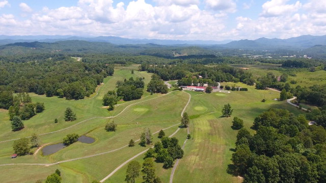 Looking for a development? Located less then five miles from downtown Murphy, Tri County Community College, John C. Campbell Folk School, and Harrah's River Valley Casino. former golf course, beautiful views, great location, large clubhouse, swimming pool, and tennis courts.Check out our youtube video https://www.youtube.com/watch?v=LqgjBAyQLNU