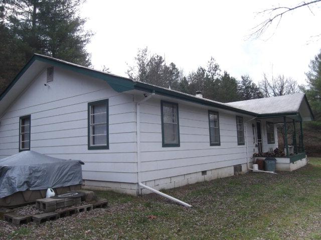 8572 Joe Brown Hwy, MURPHY, NC 28906