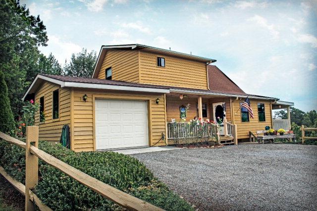 360 Country Mountain Ridge Drive, MURPHY, NC 28906