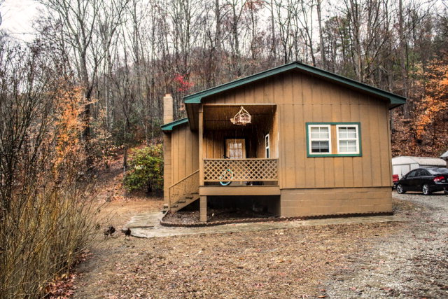 1435 Anthony Branch Road, ROBBINSVILLE, NC 28771