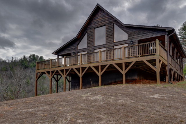 231 Clear Creek Road, MURPHY, NC 28906