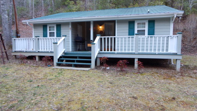 1539 Creek Road, HIAWASSEE, GA 30546