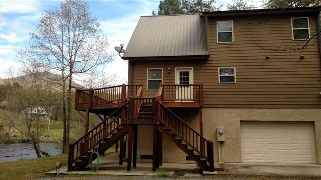174 Shallowford Lane, HAYESVILLE, NC 28904