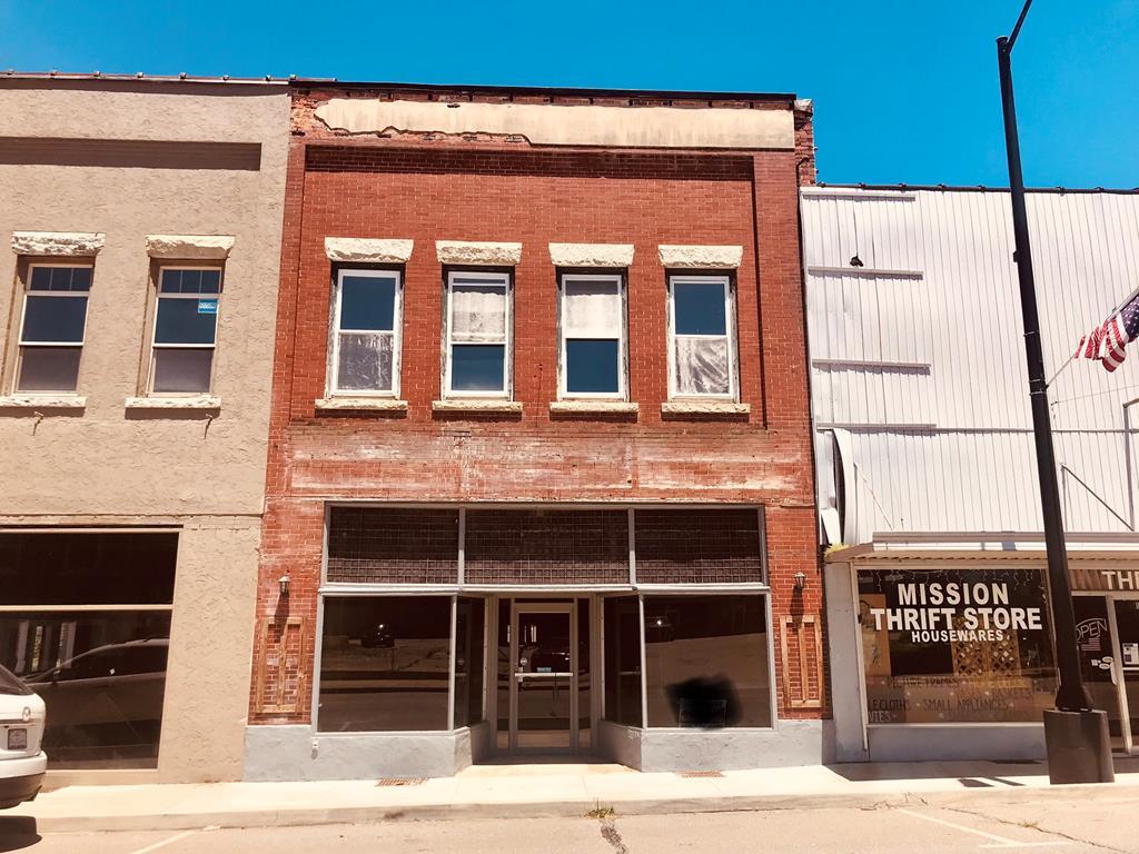 1025 Main Street, Andrews, NC 28901