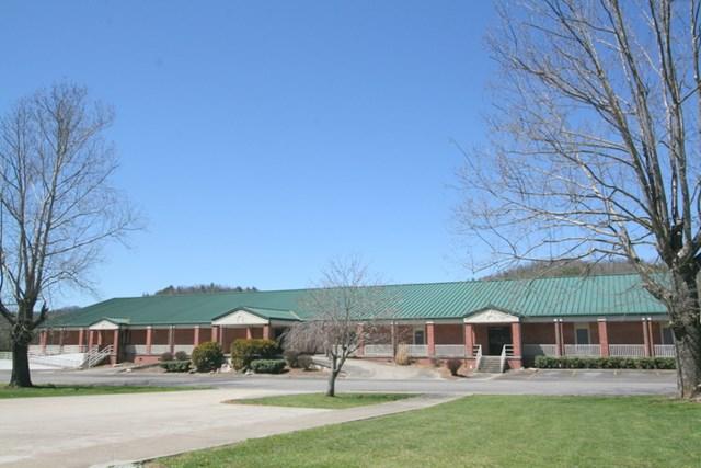 64 Memorial Drive, Andrews, NC 28901