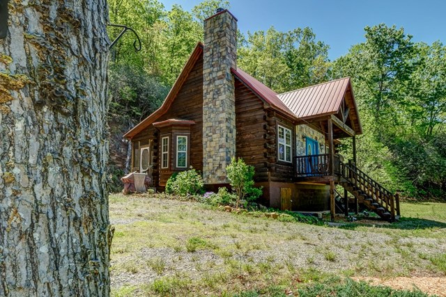 259 Frontier Drive, HAYESVILLE, NC 28904