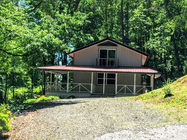 1312 Reservoir Road, MURPHY, NC 28906