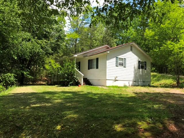 125 MOORE VIEW DRIVE, MURPHY, NC 28906