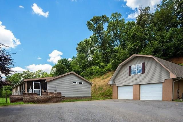 4122 Fairview Rd, ANDREWS, NC 28901