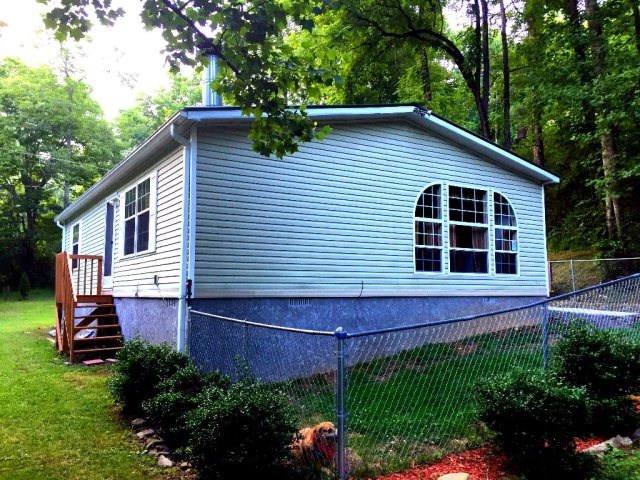 388  Allmon Creek Road, MARBLE, NC 28905