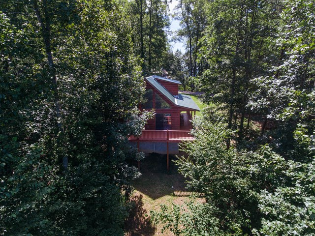 882  Mountain Top Drive, MURPHY, NC 28906