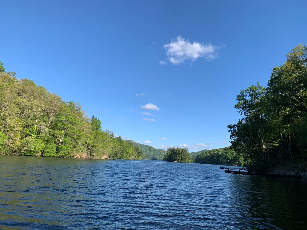 Beautiful Lakefront Lot at a great price!  Perfect location for a lakefront getaway at Lake Nantahala the most pristine lake in the southeast! Lake Nantahala is a high elevation lake at over 3000 feet in elevation.  Wonderful views and Community Water available.  Do not let this one getaway!