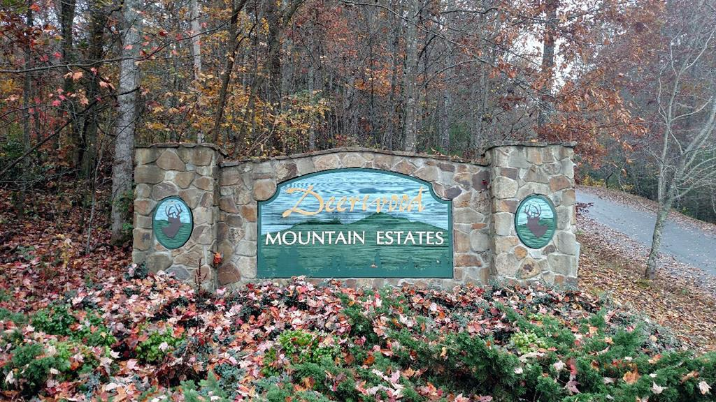 Build Your Mountain Dream Home in Beautiful Deerwood Mountain Estates and Wake Up to Great Mountain Views. Upscale Subdivision with Underground Utilities and Paved Roads. Relax in this Peaceful Wooded Mountain Paradise. Very Private Location Yet Convenient to Town, Shopping, Rivers & Lakes.