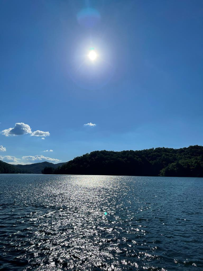Gorgeous Lake Lot on Nantahala Lake with 3 bedroom septic installed.  Its ready for your dream home.  Close to hiking trails & trout waters. Come let your adventure begin
