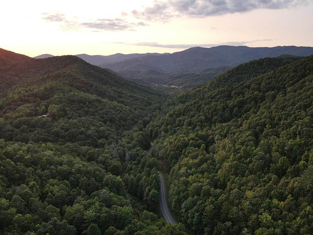 BEAUTIFUL PROPERTY FOR BUILDING OR DEVELOPING.  UNRESTRICTED WITH GORGEOUS LONG RANGE MOUNTAIN VIEWS.  2.23+/- AC.