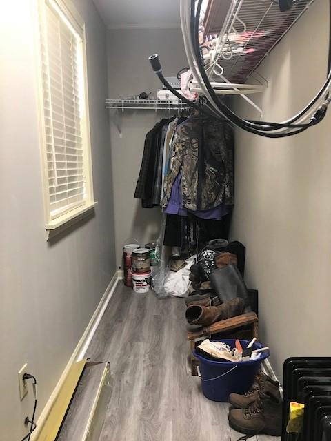 Master Suite 1 Large Closet
