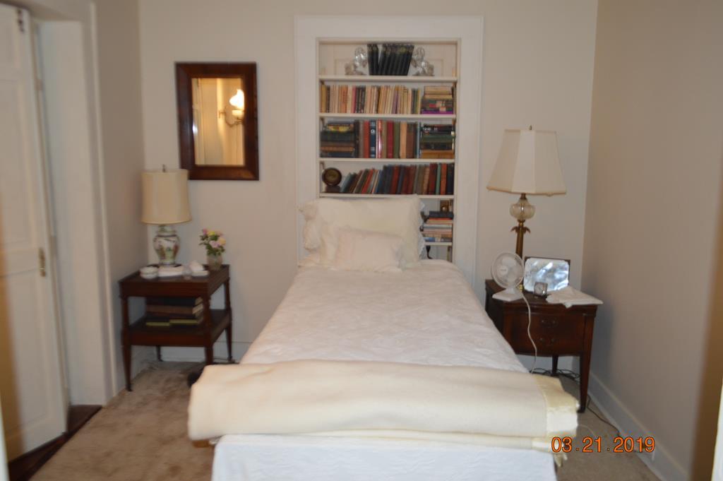 Bedroom/Nursey