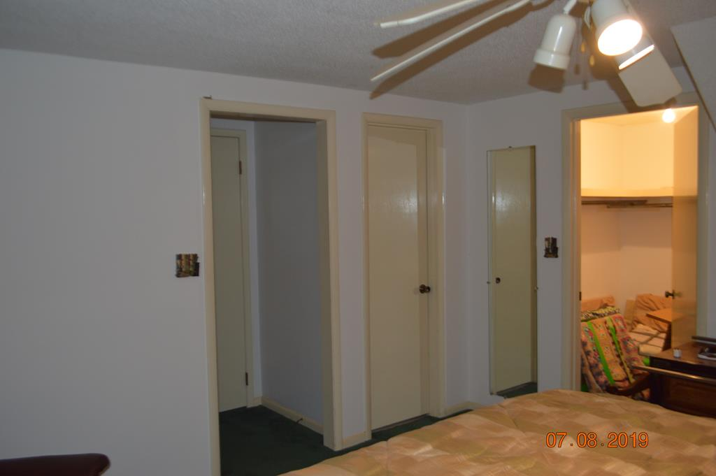 Upstairs Bedroom and Walk in Closet