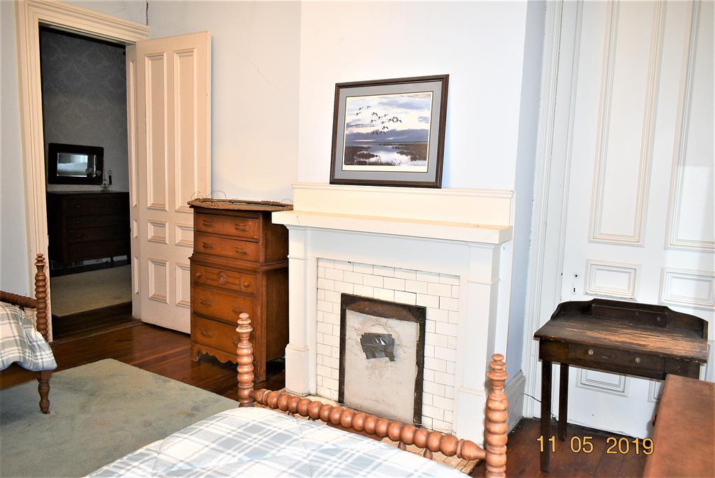 Fireplace Bedroom 3