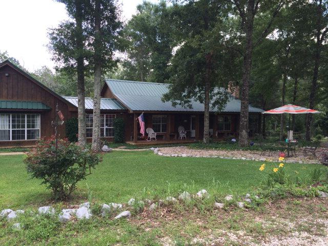 1202 Dupont Harts Chapel Rd, Poplarville, MS 39470