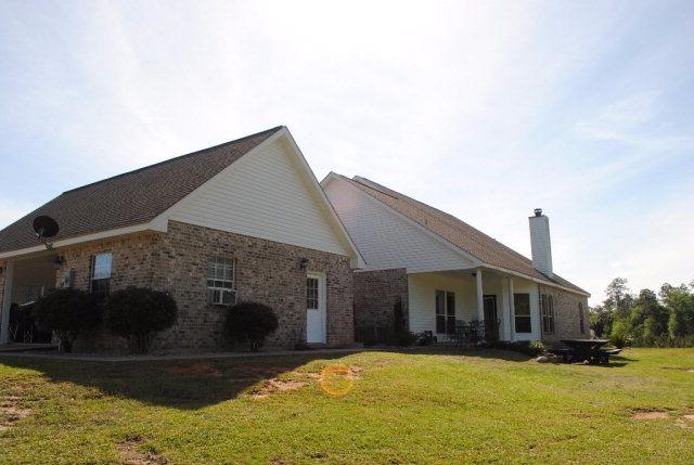 11175 Road 212, Carriere, MS 39426