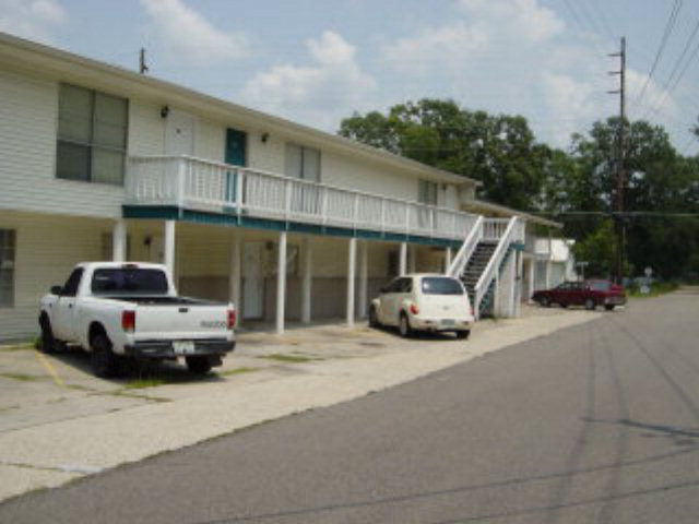 111 Whitfield Road, Picayune, MS 39466