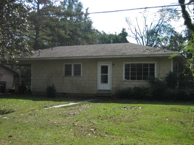 402 Cobb Ave, Lumberton, MS 39455