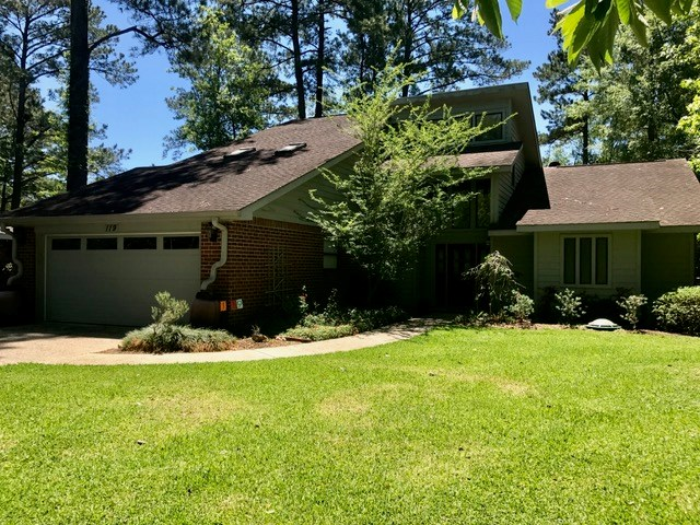 119 Peninsula Dr, Carriere, MS 39426