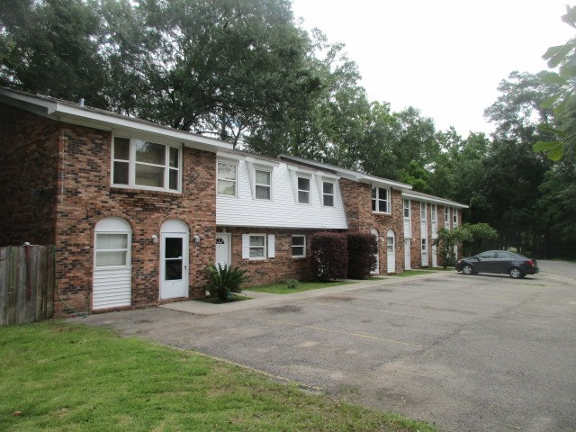 1200 Holly St., Picayune, MS 39466