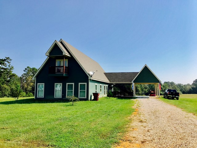 384 Carey Byrd Rd., Carriere, MS 39426